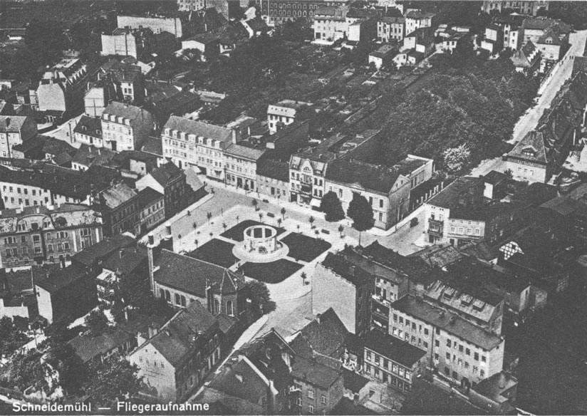 Stary Rynek - zdjęcie pochodzące z okresu międzywojennego.