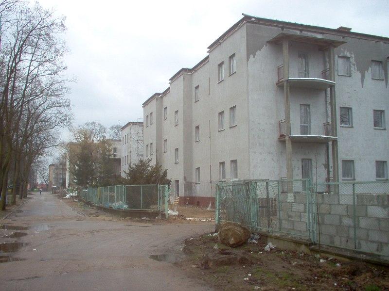adaptowane budynki powojskowe przy ul. Bydgoskiej