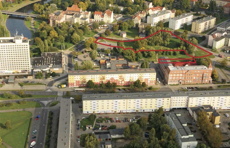 działki przeznaczone na sprzedaż w drodze przetargu ustnego, który odbył sie 16 grudnia 2011 r. (zaznaczone kolorem czerwonym) - fot. materiały przetargowe UM Piły