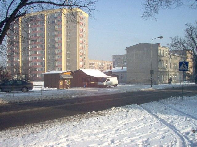 teren Mu1 przy ul. Bydgoskiej, na którym istnieje możliwość przebudowy i rozbudowy budynków mieszkalnych, a także realizacja nowego budynku
