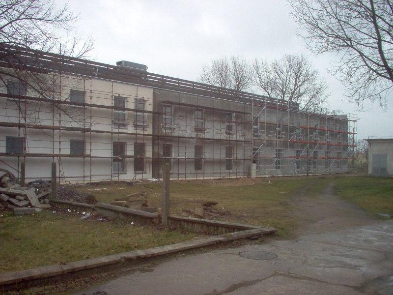 przebudowa istniejącego budynku pokoszarowego na cele Centrum Zaawansowanych Technologii Elektroniczno-Informatycznych