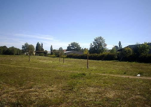 teren przez który ma przebiegać fragment obwodnicy śródmiejskiej (zdjęcia z 2000 roku; na terenie z pierwszego zdjęcia zlokalizowane były w latach wcześniejszych działki)